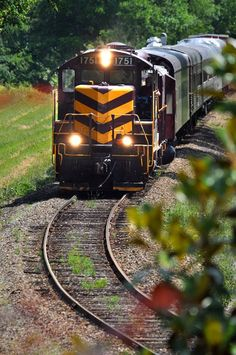 Great Smoky Mountains Railroad | Pigeon Forge Attractions, Things To Do In The Smoky Mountains