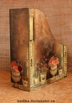 I gotta do this Decoupage Vintage, Decoupage Paper, Altered Boxes, Altered Art, Diy And Crafts, Arts And Crafts, Paper Crafts, Tole Painting, Painting On Wood