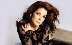 Σάντρα Μπούλοκ, η «πιο όμορφη γυναίκα στον κόσμο» | naftemporiki.gr