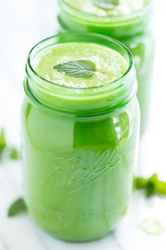 Minty Pineapple Cucumber Green Smoothie | GI 365