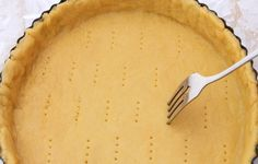 PÂTE BRISÉE 5 MINUTES SANS BEURRE : la recette facile - CULTURE CRUNCH Pastry Recipes, Pie Recipes, Pasta Frolla Recipe, Best Lemon Meringue Pie, Best Pie, Shortcrust Pastry, Baking Tins, Pie Dish, Food Processor Recipes