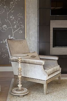 Viceroy Chair and Tuilleries Side Table by @ebanistacollect from Collection Ten. Discover more at www.ebanista.com
