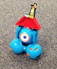 STEM ideas with Dash + Dot Robots & Legos! Fun & educational tangible tech (via the digital scoop)