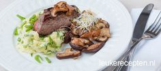 Deze hertenbiefstuk met paddenstoelen in balsamico en snijbonenpuree is een toppertje voor de kerst!