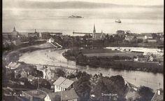 Sør-Trøndelag fylke Trondheim Utsikt over Nidelven og Munkholmen utg Mittet 1950-tallet