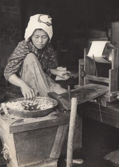 winding silk from cocoons | Japan | c. 1914–'18