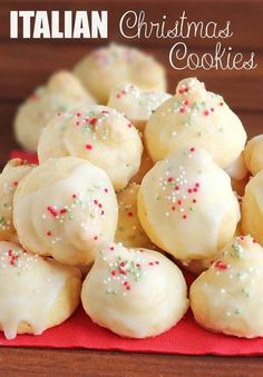 Classic Italian Christmas Cookies just in case you need more reasons to make Christmas cookies this holiday season.