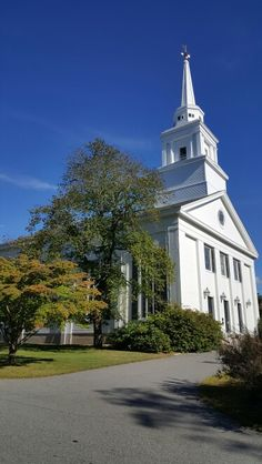 First Parish - Duxbury, MA There have been a lot of family weddings in this church.