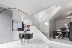 The Three Cusps Chalet by Tiago do Vale Architects   HomeDSGN,  I like the office space