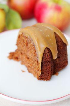 Applesauce Cake 2