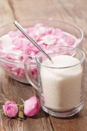 Easy rose scented sugar