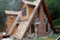 a frame house dormers | Frame A-Loving (or not) | bijou kaleidoscope source