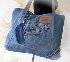 Denim Bags From Jeans, Denim Tote Bags, Patchwork Jeans, Recycled Fashion, Recycled Denim, Blue Jeans, Blue Jean Purses, Big Handbags, Big Bags