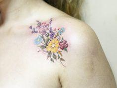 Bright florals by Luiza Oliveira