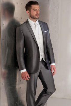 mari tenue on pinterest costumes mariage and smoking. Black Bedroom Furniture Sets. Home Design Ideas
