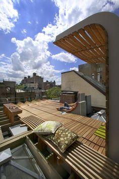 Jardin sur le toit, terrasse en bois à Greenwich village
