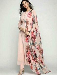 Indian designer suits - Adorable Straight plain Salwar suit with Digital printed dupatta Kurta Designs Women, Salwar Designs, Kurti Designs Party Wear, Printed Kurti Designs, Pakistani Dress Design, Pakistani Outfits, Indian Outfits, Dress Indian Style, Indian Dresses