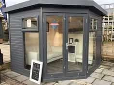 The Studio Corner Pent is available in four sizes and has a wide variety of features as standard. This summerhouse is part of the Traditional Range by The Malvern Collection. Small Garden Office Shed, Shed Office, Backyard Office, Corner Garden, Corner Summer House, Summer House Garden, Home And Garden, Summer Houses, Gardens
