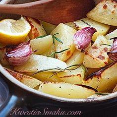 Ziemniaki pieczone z czosnkiem, rozmarynem i cytryną | Kwestia Smaku