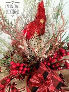 Cardinal Floral Arrangement Christmas Centerpiece, Rustic, Country Christmas, Custom Designs by Cabin Cove Creations Christmas Lodge, Woodland Christmas, Country Christmas, White Christmas, Christmas Projects, Christmas Themes, Christmas Wreaths, Christmas Decorations, Christmas Floral Arrangements