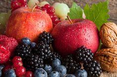植物に含まれる色素や苦味、渋味の成分で紫外線によって生じた活性酸素や過酷な自然環境から植物自身を守っています。抗酸化作用が強く、老化や生活習慣病などいろいろな病気の予防に効果があり、赤ワインやコーヒーなどの食品に多く含まれ、ストレスの多い現代社会には欠かせない栄養素の1つです。#健康#Food#料理#レシピ#Recipe