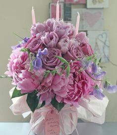A Flower Birthday Cake for Evelyne