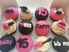 Converse/makeup cupcakes