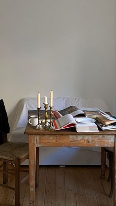Italian Home, Interior Decorating, Interior Design, Minimalist Living, Humble Abode, Kitchen Interior, Interior Architecture, Building A House, Decoration