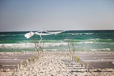 Carillon Beach Wedding ~ What a stunning backdrop! Photography by pure7studios.com