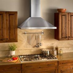 Best 36 Inch Wall Mount Chimney Range Hood with 600 CFM Internal Blower, Halogen Lamps, Electronic Push Button Control, Heat Sentry and Stainless Steel Mesh Filters Kitchen Hoods, Kitchen Stove, Kitchen Reno, Kitchen Backsplash, Stone Kitchen, Backsplash Ideas, Stainless Steel Range Hood, Brushed Stainless Steel, Lorraine