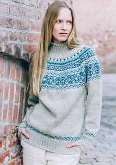 Genser med rundfelling og norskt mønster pattern by Trine Lise Høyseth Fair Isle Knitting Patterns, Fair Isle Pattern, Knit Patterns, Stitch Patterns, Vintage Knitting, Hand Knitting, Icelandic Sweaters, Knit Art, Sweater Design