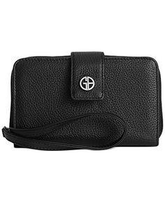 Giani Bernini Women's Softy Black Leather Zip Around Wristlet Wallet