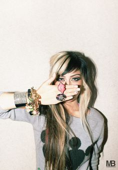 LOVE Allison Green's hair <3