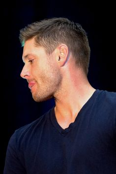 Jensen - tongue porn :) VanCon2014 (courtesy of Karen Cooke Photography)
