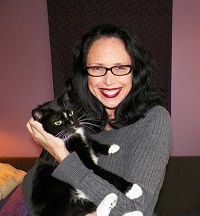 #AngieBailey  #cats http://blogpaws.com/executive-blog/pet-parenting-health-lifestyle/cats-and-dogs/pets-good-mental-health-medicine/