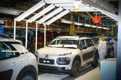 La fabricación de coches en España alcanza ya los 2 millones de unidades - http://www.actualidadmotor.com/fabricacion-coches-espana-2-millones/