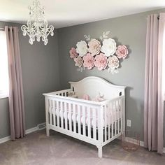 33 Adorable Nursery Room Ideas For Baby Girl - Bedroom Decor Ideas - Baby Room Ideas Baby Bedroom, Baby Room Decor, Girls Bedroom, Nursery Curtains Girl, Bedroom Decor, Girls Flower Bedroom, Bedrooms, Room Ideias, Nursery Inspiration