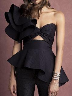 Black Knot Front Cut Out Ruffle Detail Tie Waist Peplum Blouse: Woven fabric;Cut out… Dresses Couture Dresses, Fashion Dresses, Mode Shorts, Look Fashion, Fashion Design, Peplum Blouse, Latest Fashion For Women, Couture Fashion, Blouse Designs