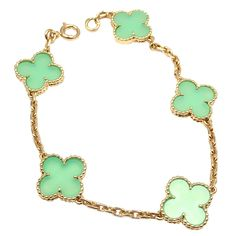 Van Cleef and Arpels Vintage Alhambra Chalcedony Yellow Gold Bracelet Van Cleef And Arpels Jewelry, Van Cleef Arpels, Ankle Bracelets, Link Bracelets, Jewelry Bracelets, Jewelry Collection, Turquoise Bracelet, Jewelery, Jewelry Watches