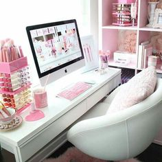 Cute and Kawaii Room Ideas for Your Daughters. Cute and Kawaii Room Ideas. The room is the most comfortable and private place in the world. In the room we can do our favorite activities from sleepi. Pink Office Decor, White Office, Home Office Decor, Home Decor, Office Ideas, Rangement Makeup, Kawaii Bedroom, Glam Room, Room Goals