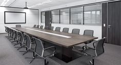 – Filo Chairs, Conference Table & R-Platform wall system. Corporate Office Design, Office Table Design, Modern Office Design, Contemporary Office, Office Interior Design, Office Interiors, Office Designs, Office Ideas, Hotel Conference Rooms