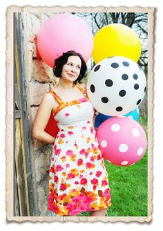 Love these giant balloons! Her shop has the cutest stuff!