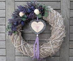 LAVENDER DREAM lll. / Zboží prodejce CÍLKOVI | Fler.cz Wreaths And Garlands, Xmas Wreaths, Door Wreaths, Grapevine Wreath, Corn Husk Wreath, Lavender Wreath, Barn Wedding Decorations, Romantic Shabby Chic, How To Make Wreaths