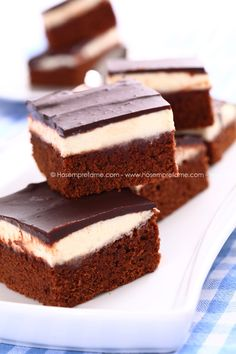 Brownie Pinguì! - Ho sempre fame Brownie Recipes, Chocolate Recipes, Cake Recipes, Dessert Recipes, Mini Desserts, Delicious Desserts, Cake Calories, Sweet Cakes, Dessert Bars