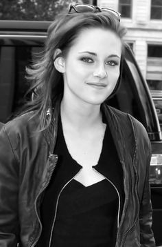 Kristen, Gorgeous as always!