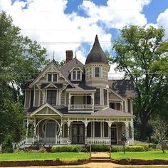 It's a beautiful day for enjoying beautiful homes in Crockett, Texas. This Victorian stunner is the Downes-Aldrich House. It's named for prominent owners: JE Downes, who commissioned it's construction in and Armistead Albert Aldrich, who purchased t Victorian Architecture, Beautiful Architecture, Beautiful Buildings, Beautiful Homes, Architecture Design, Stairs Architecture, Victorian Manor, Victorian Style Homes, Victorian Ladies
