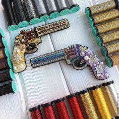 """Купить Брошь""""My Gun"""" - винтажные украшения, итальянский стиль, брошь, винтажная брошь, объемная брошь"""