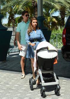 Kourtney Kardashian And Scott Disick Head Home With Penelope
