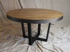 Smooth White Oak Round Industrial Table by MetalTreeFurniture Rustic Round Dining Table, Dining Table In Kitchen, Dining Tables, Industrial Table, Industrial Design, Salvaged Wood, Oak Tree, White Oak, Smooth