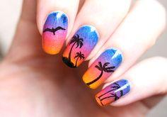 nail-art-palmiers-ete-summer-coucher-de-soleil-vernis-degrade-eponge-cosmos-picturepolish-chez-delaney-stamping-avis-4